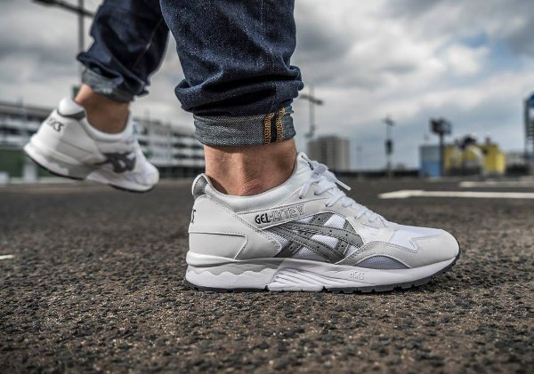 asics gel lyte v white grey