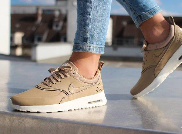 Nike Air Max Thea Premium Desert