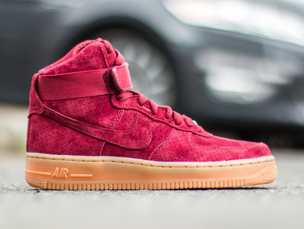Air Force 1 High Red Suede