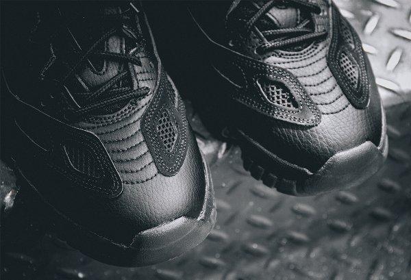 Air Jordan 11 Low IE noire (10)