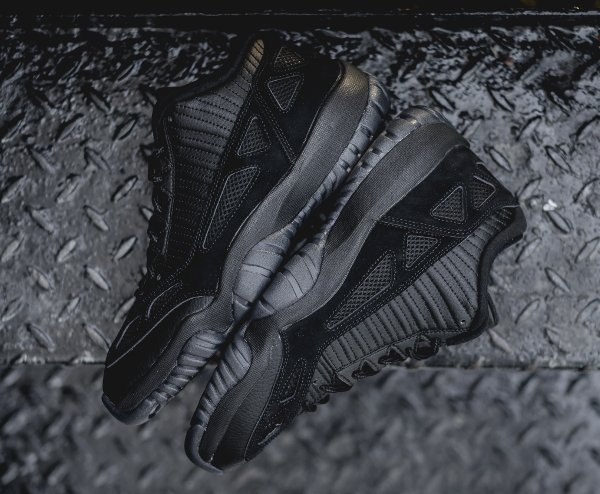Air Jordan 11 Low IE noire (6)