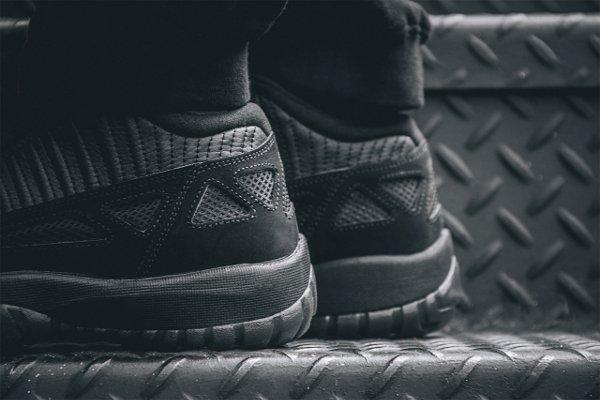Air Jordan 11 Low IE noire (8)