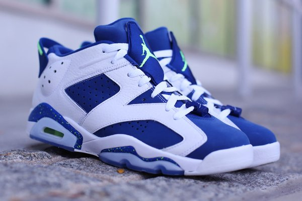 Air Jordan 6 Retro Low Insignia Blue pas cher (1)