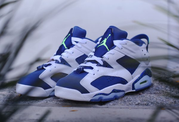 Air Jordan 6 Retro Low Insignia Blue pas cher (2)