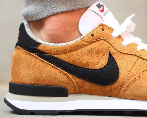 nike internationalist homme camel