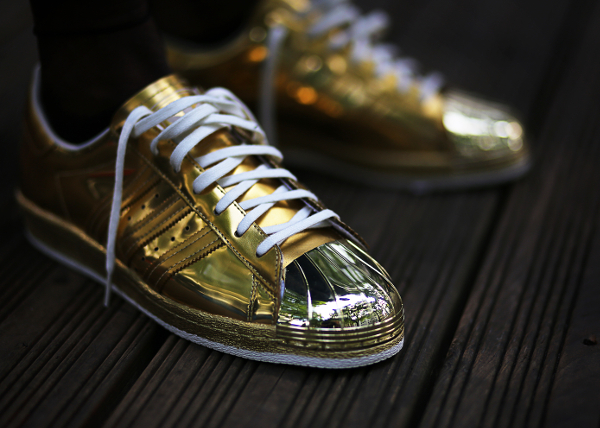 adidas metallic superstar