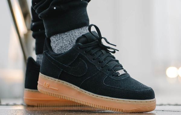 O 249 Acheter La Nike Air Force 1 07 Low Suede Black Gum
