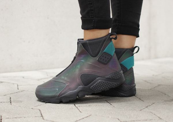 newest 6b5de da6e2 Nike Air Huarache Run Mid Iridescent (2) ...