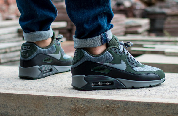 Nike Air Max 90 Essential 2015