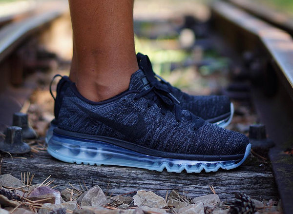 Air Max Flyknit Black