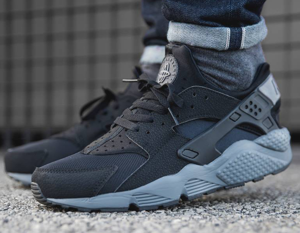 Nike Air Huarache Black And Grey