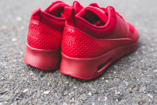 Nike Air Max Thea Rouge Et Blanche