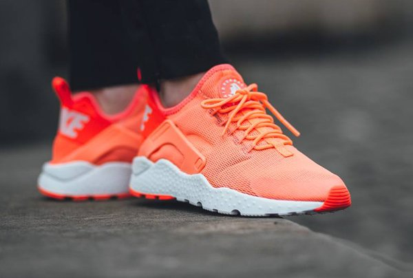 2015 NIKE AIR HUARACHE Blanc Rose Rouge
