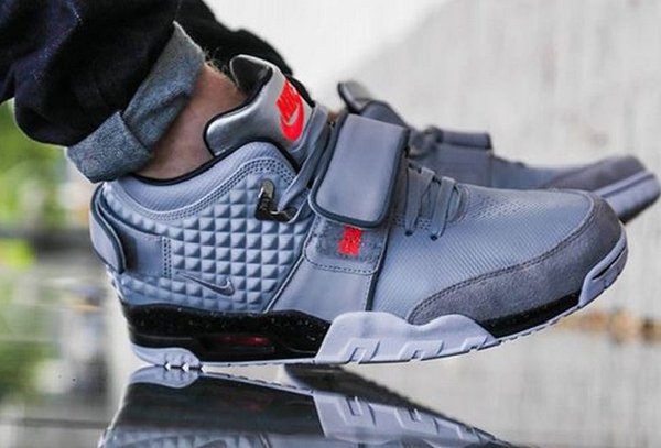 nike air max taille des jeunes 2 - Nike-Air-Trainer-V-Cruz-Wolf-Grey-Silver-pas-cher-1-600x407.jpeg