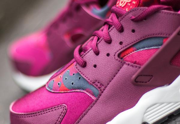 07444322708 ... Nike Wmns Air Huarache Deep Garnet Bright Crimson pour femme