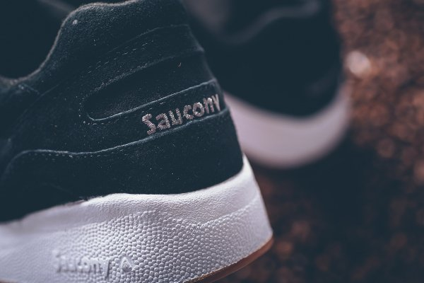 Saucony Shadow 6000 Suede Black Gum (5)