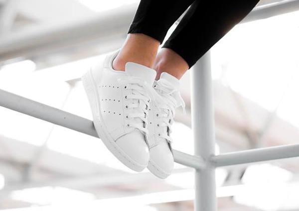 Adidas Stan Smith Triple White (blanche) pour femme (2)