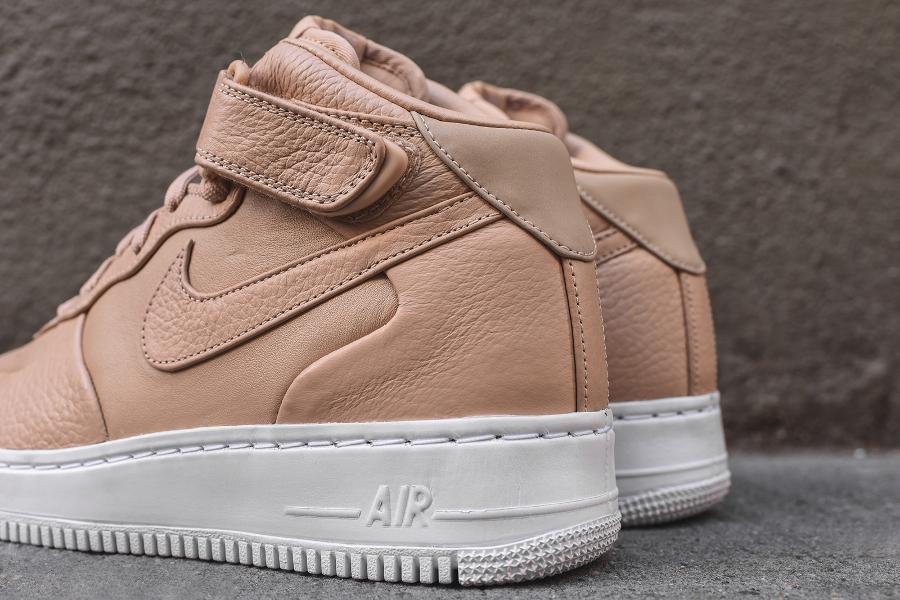 chaussure-nike-air-force-1-mi-montante-cuir-premium-beige-3