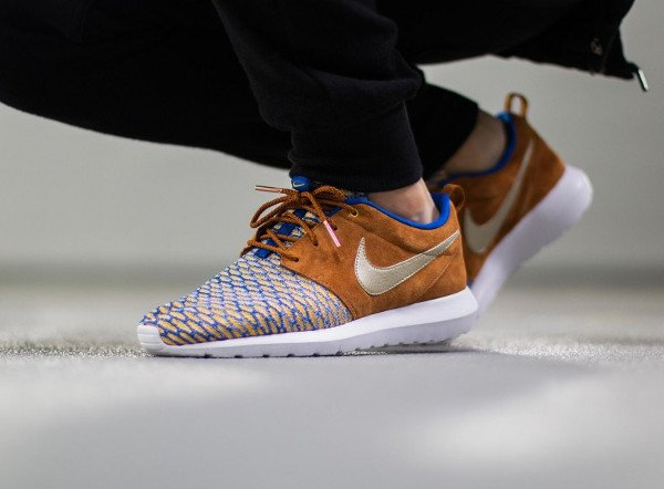 Nike Roshe NM Flyknit PRM Suede Curry