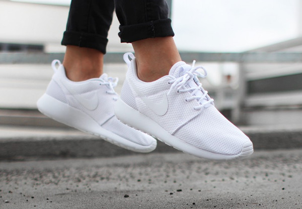roshe run blanche