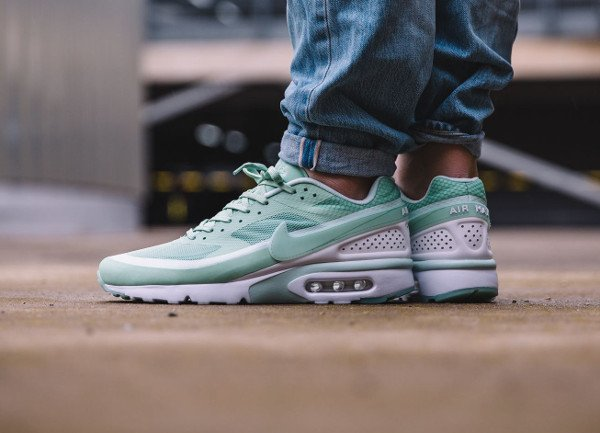 newest collection ebbf2 4860c ... acheter Nike Air Max BW Ultra Enamel Green pas cher