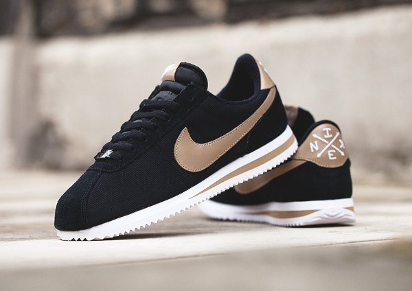 official rose or and noir nike cortez 087e7 999aa