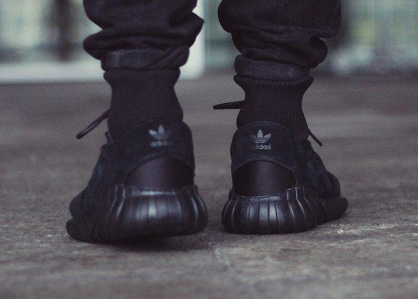 adidas tubular doom noir