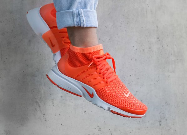 Basket Nike Wmns Air Presto Ultra Flyknit Mango Crimson (femme) (1)