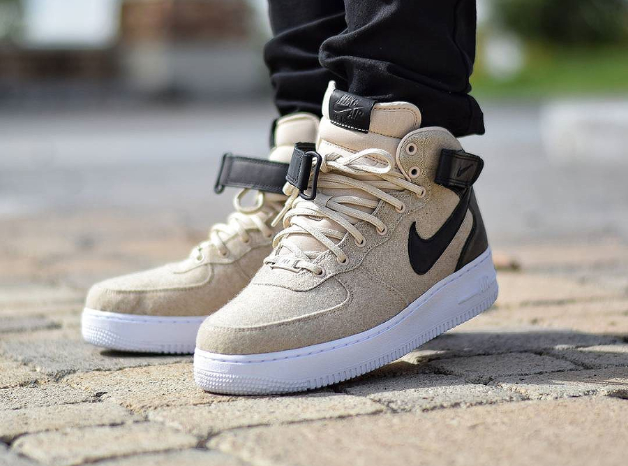 1-basket-nike-wmns-air-force-1-07-mid-prm-wool-oatmeal-pas-cher