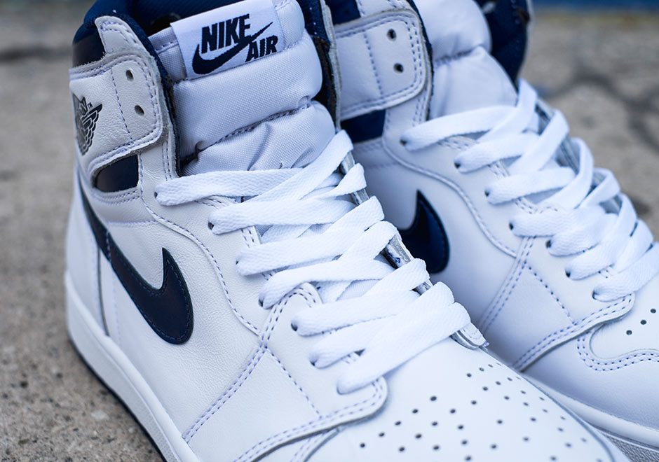Chaussure Air Jordan 1 Retro High OG 'White Metallic Navy' (4)