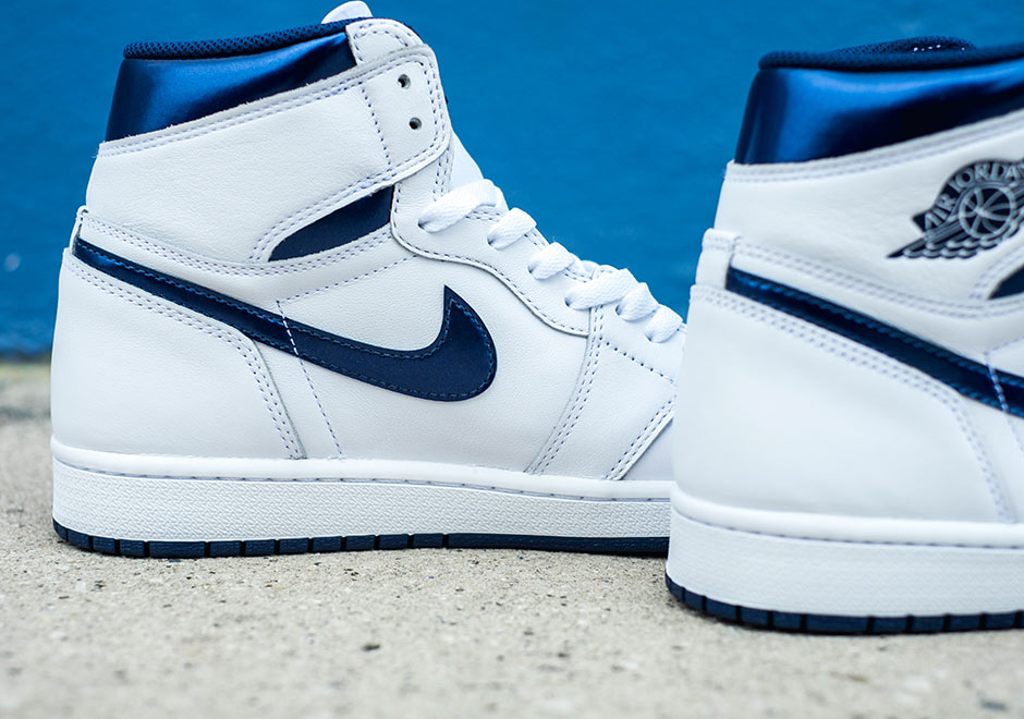 Chaussure Air Jordan 1 Retro High OG 'White Metallic Navy' (6)