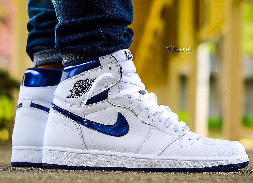 Air Jordan 1 Retro High OG 'Metallic Navy' 2016