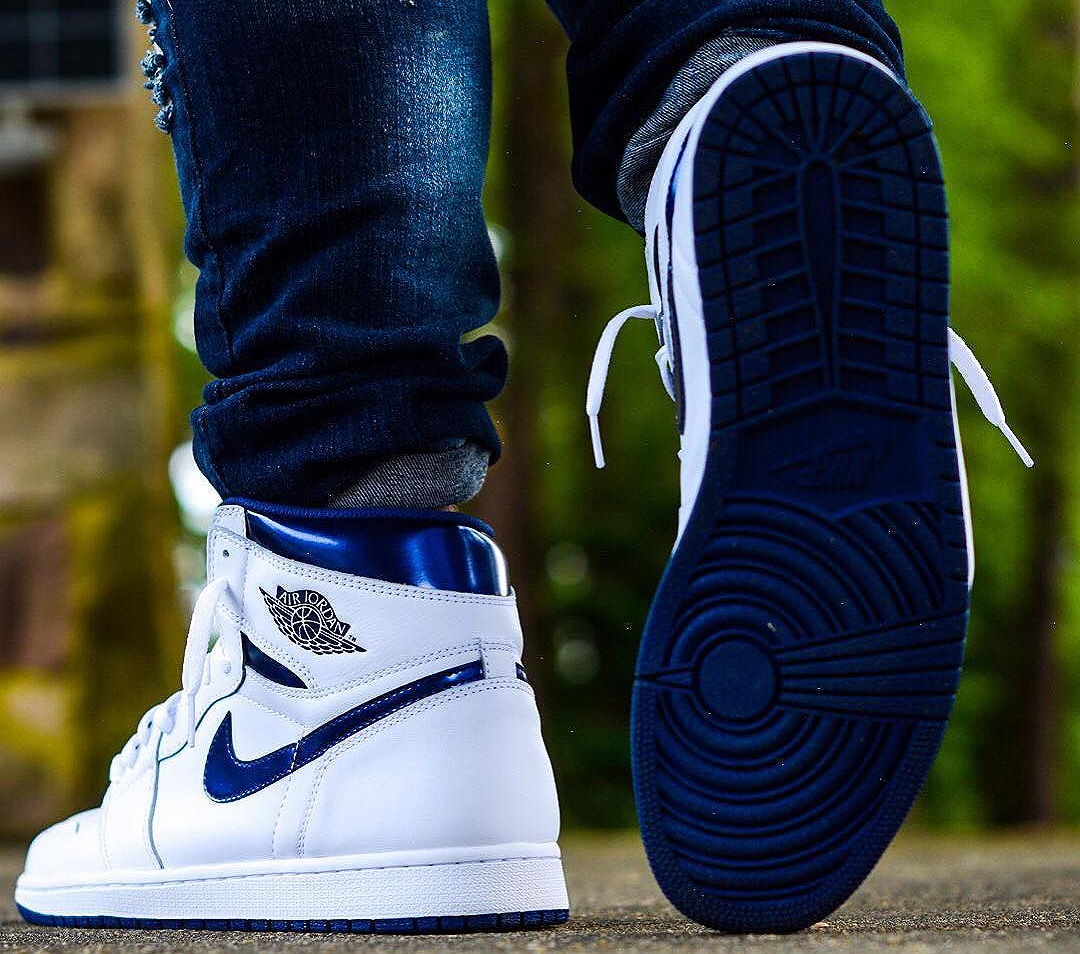 acheter basket Air Jordan 1 Retro High OG 'Metallic Navy' 2016 (7)