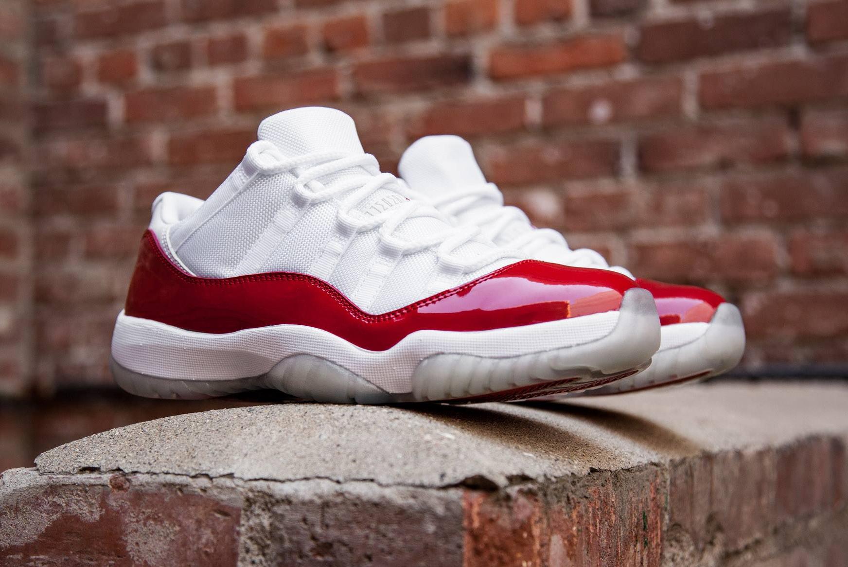 acheter basket Air Jordan 11 Low Retro 'White Varsity Red' 2016 (1)