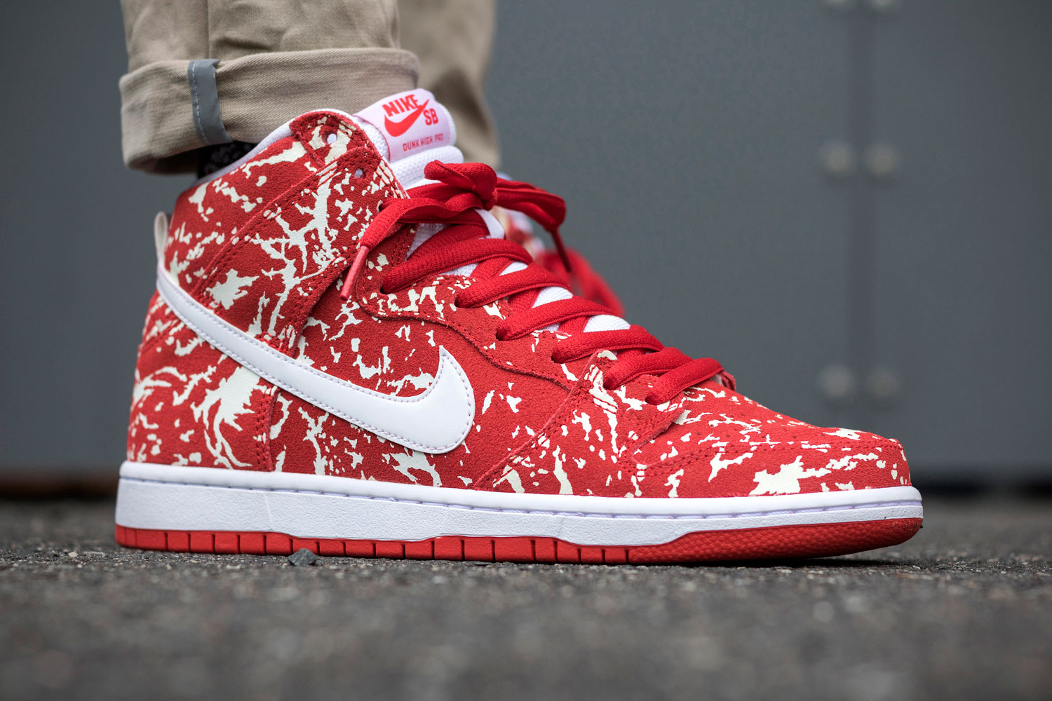 Nike Dunk High Pro SB Kobe 'Raw Meat' (Challenge Red)