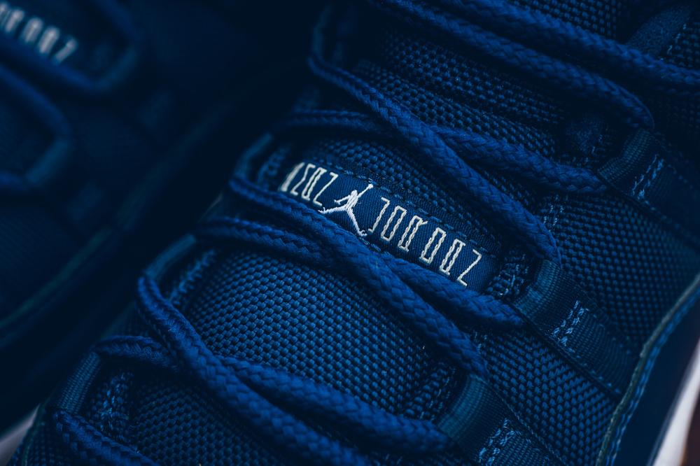 acheter chaussure Air Jordan 11 Retro Low 'Midnight Navy' (6)