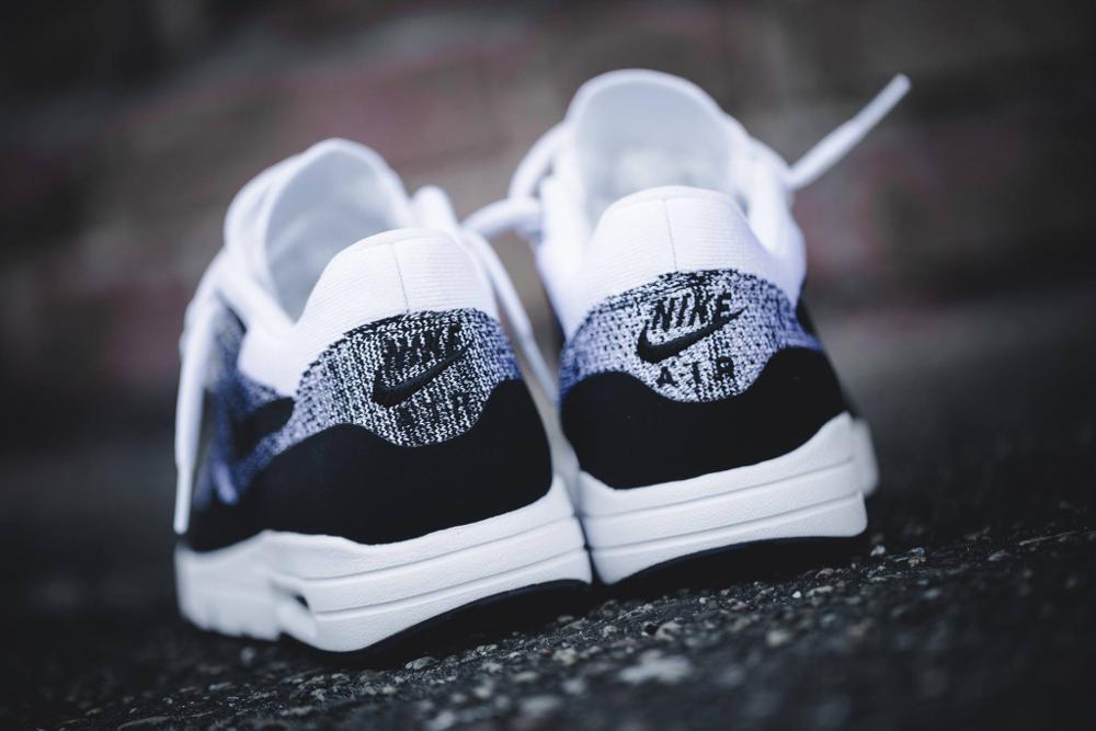 Nike Air Max 1 Ultra Flyknit White Black (noir et blanche) (3)