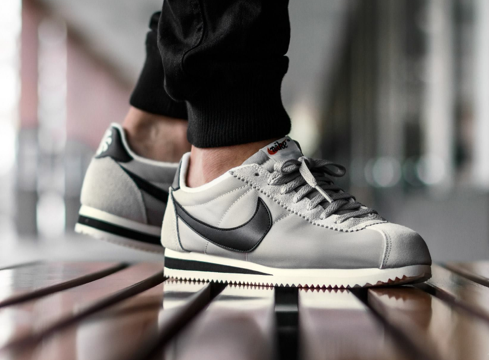sweat reebok - Nike Classic Cortez Nylon Athletics West 'Matte Silver'