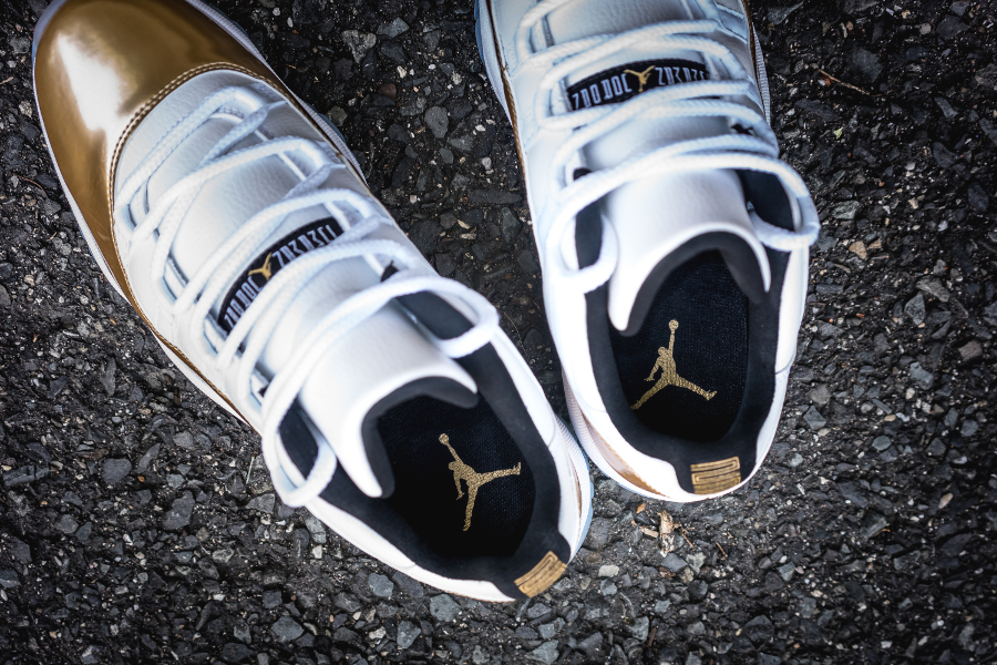 Chaussure Air Jordan 11 Retro Low White Metallic Gold (4)