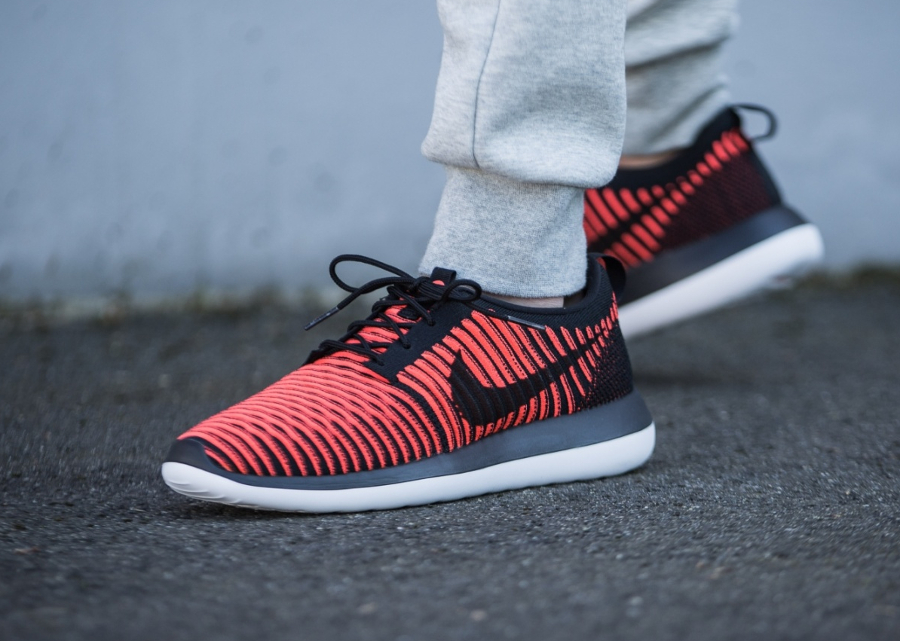nike roshe two flyknit white red