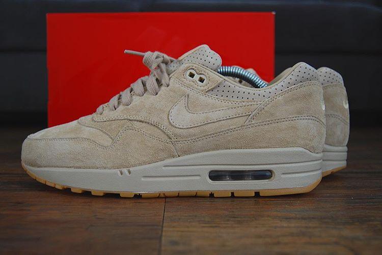 Nike Air Presto 'Beige' Linen (femme) | Sneakers actus
