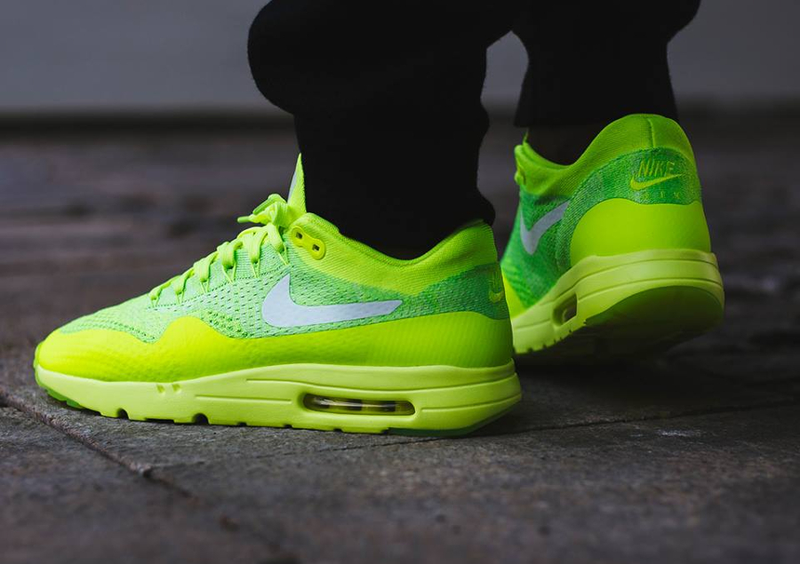 Nike Air Max 1 Ultra Flyknit Fluo (Volt White Electric Green) (1)