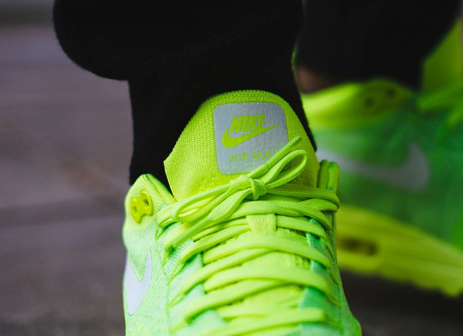 Nike Air Max 1 Ultra Flyknit Fluo (Volt White Electric Green) (3)
