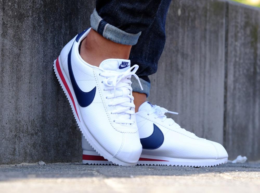 best sneakers e1b8a 326ee Nike Cortez Cuir Rouge