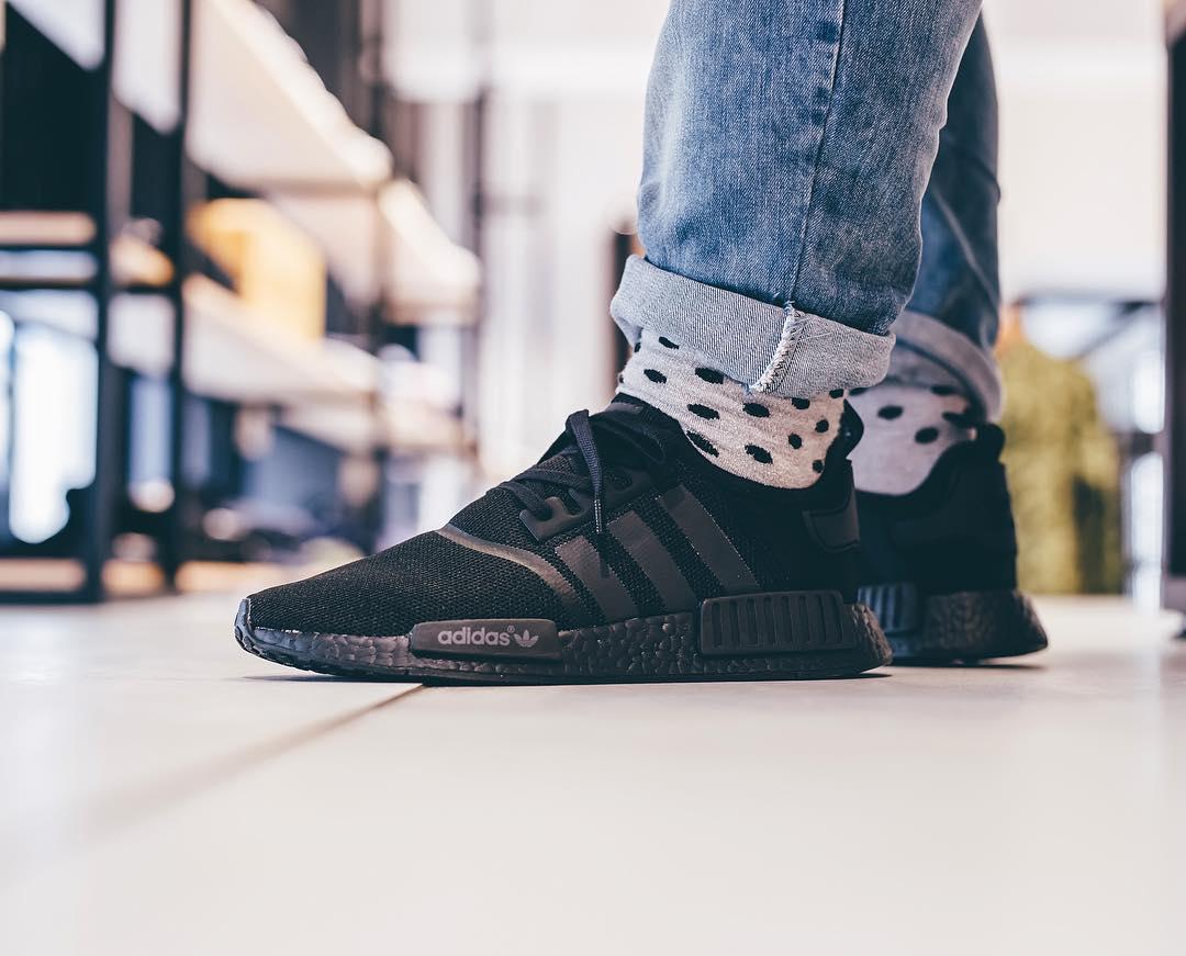 Adidas NMD R1 Boost 'Triple Black' (noire)