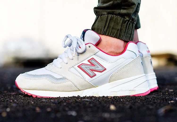 jeff-staple-x-new-balance-575-white-pigeon-inmidoutsole