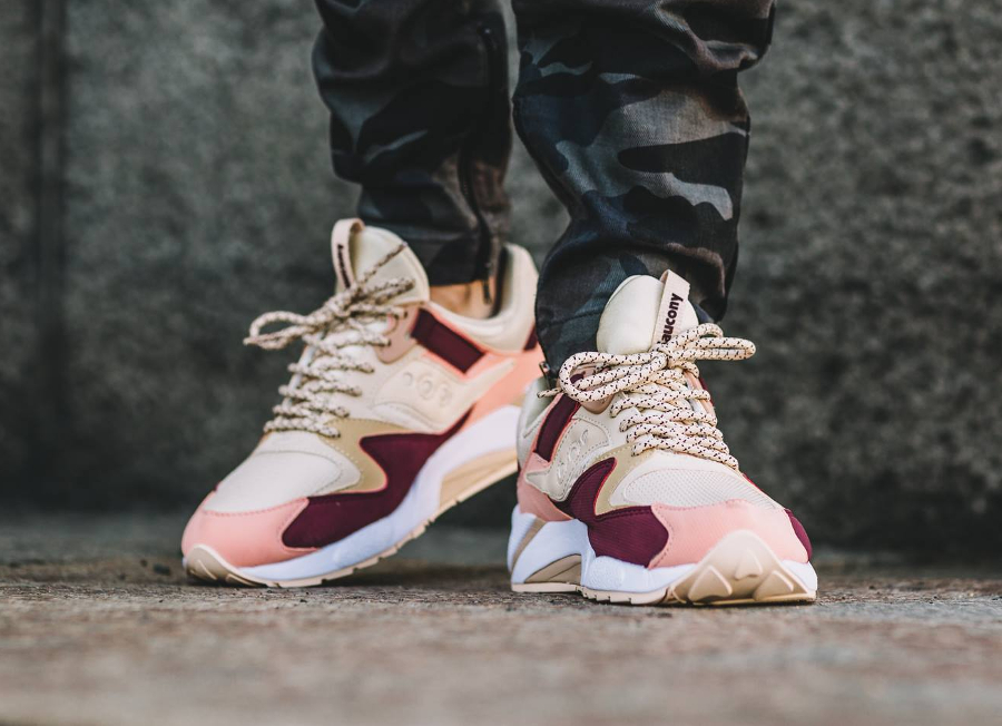 avis-basket-saucony-grid-9000-pastel-cream-red-pink-1