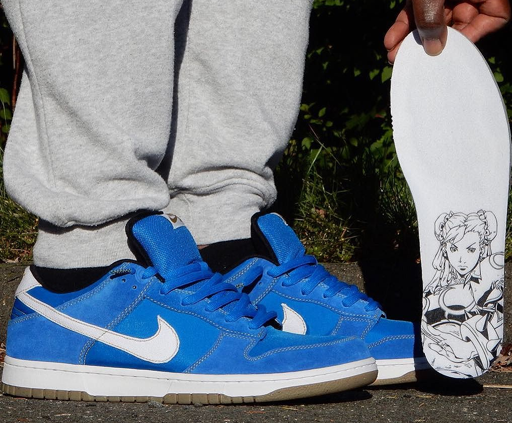 2010-street-fighter-x-nike-dunk-low-pro-sb-chun-li