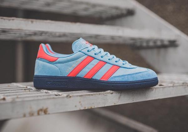 chaussure-adidas-greater-manchester-spzl-light-blue-1