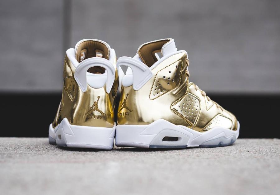 chaussure-air-jordan-6-metallic-gold-cuir-dore-3